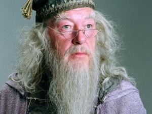 Albus-Dumbledore-Wallpaper-hogwarts-professors-32796356-1024-768