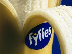 15233_Fyffes-banana