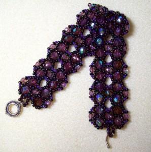 plum_blossom_bracelet_beading_jewelry_tutorial_5888aab9